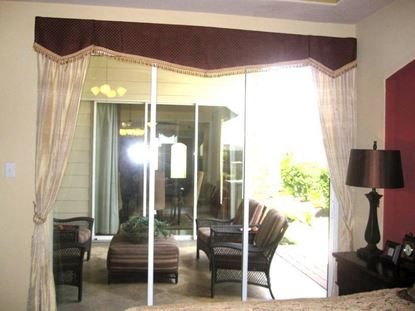 Picture of Custom Drapes OW0021